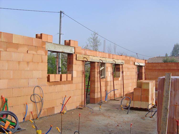 Кирпичный дом своими руками видео фото